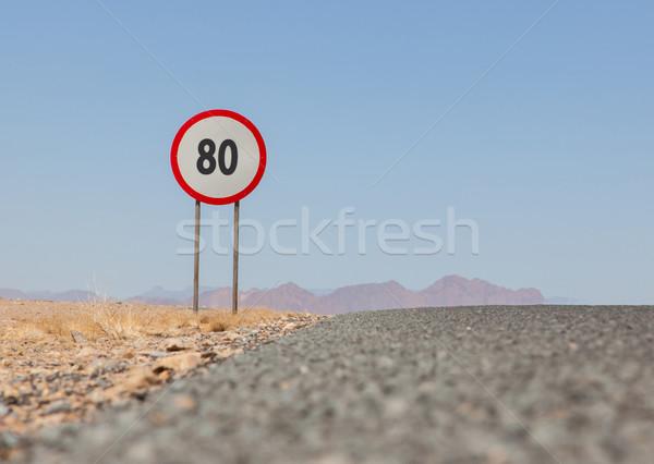 Limite di velocità segno deserto strada Namibia 80 Foto d'archivio © michaklootwijk