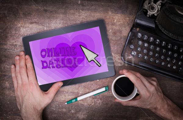 を デート タブレット 愛 紫色 コンピュータ ストックフォト © michaklootwijk