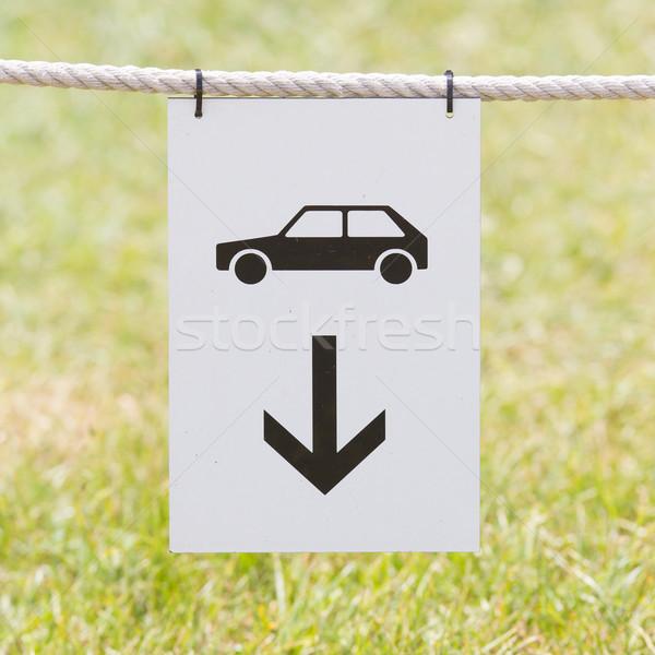Auto parkeren teken opknoping touw straat Stockfoto © michaklootwijk