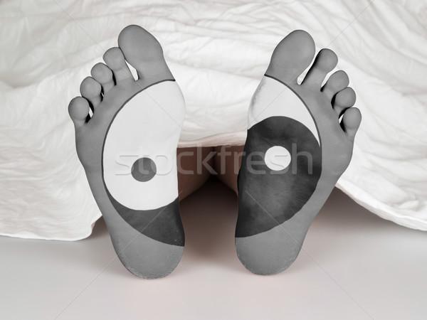 Hulla fehér lap alszik halál yin yang Stock fotó © michaklootwijk