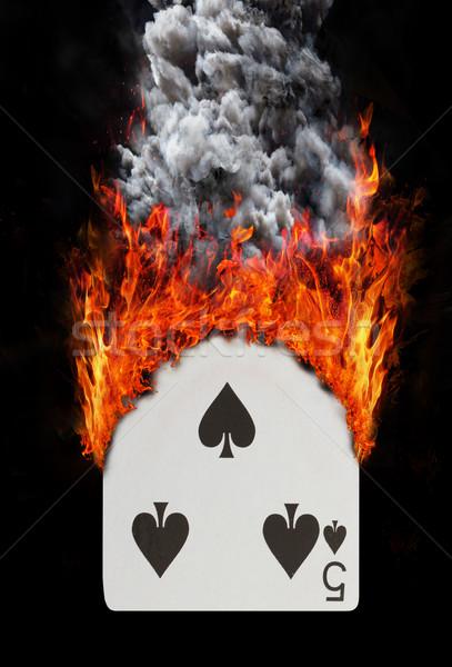 Spelen kaart brand rook geïsoleerd witte Stockfoto © michaklootwijk