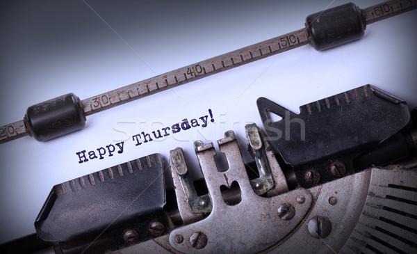 Vintage machine à écrire heureux papier bois Photo stock © michaklootwijk