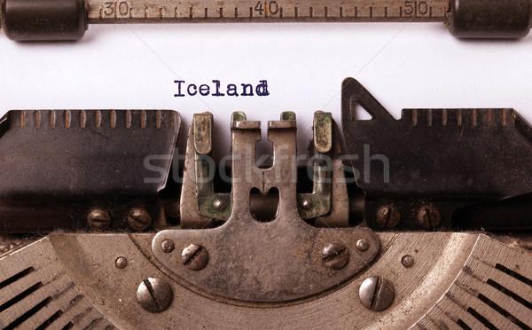 Velho máquina de escrever Islândia país carta Foto stock © michaklootwijk