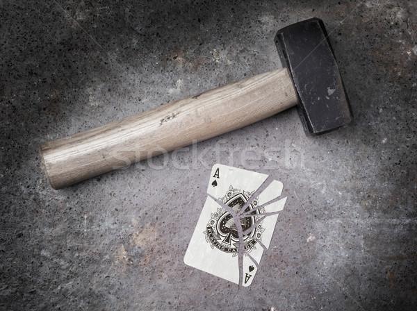 ハンマー 壊れた カード エース スペード ヴィンテージ ストックフォト © michaklootwijk