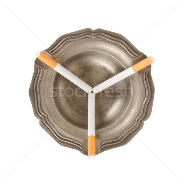 ストックフォト: 3 · タバコ · 古い · 錫 · 灰皿 · 金属