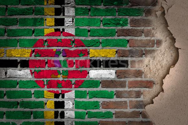 ストックフォト: 暗い · レンガの壁 · 石膏 · ドミニカ · テクスチャ · フラグ
