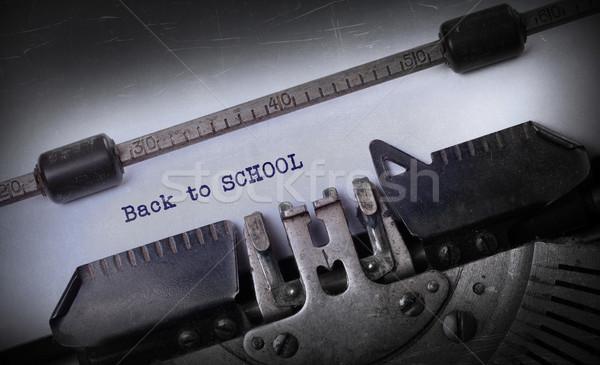 Foto stock: Vintage · edad · máquina · de · escribir · volver · a · la · escuela · escuela
