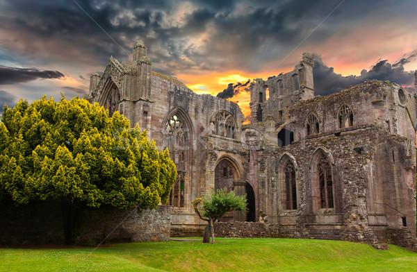 Rovine vecchio monastero Scozia costruzione sole Foto d'archivio © michaklootwijk