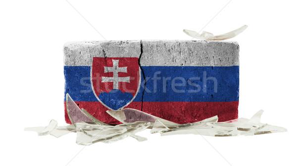 Tijolo cacos de vidro violência bandeira Eslováquia parede Foto stock © michaklootwijk