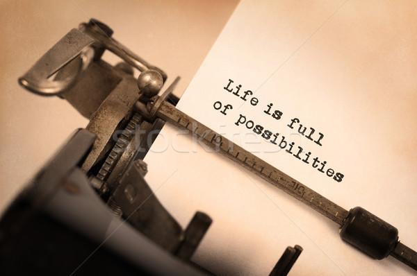 Vintage opschrift oude schrijfmachine leven vol Stockfoto © michaklootwijk