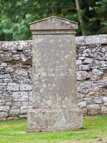 Starych nagrobek cmentarz Szkocji trawy tle Zdjęcia stock © michaklootwijk