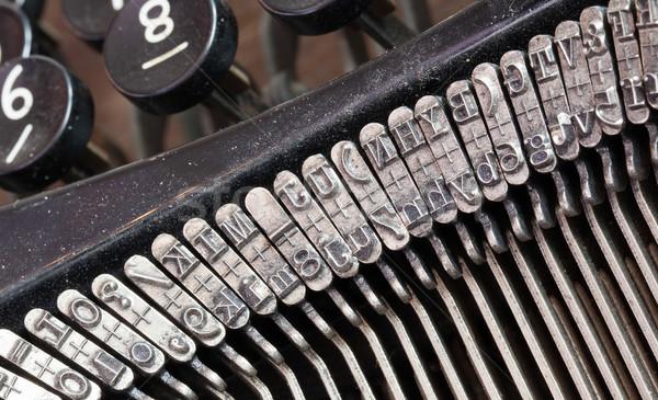 Détail vieux machine à écrire machine 30s métal Photo stock © michaklootwijk