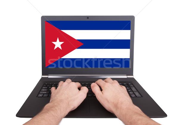 рук рабочих ноутбука Куба экране Сток-фото © michaklootwijk