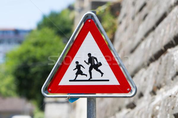 歩行者 危険標識 赤 三角形 安全 交通標識 ストックフォト © michaklootwijk