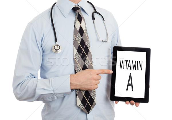 Lekarza tabletka witamina odizolowany biały Zdjęcia stock © michaklootwijk