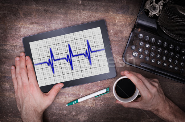 心電図 タブレット 医療 ハートビート モニター 医療 ストックフォト © michaklootwijk