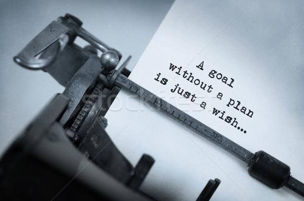 Foto d'archivio: Vintage · vecchio · macchina · da · scrivere · obiettivo · piano
