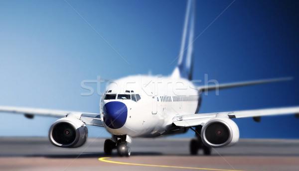 Aeronaves pista tecnología aeropuerto avión volar Foto stock © mikdam