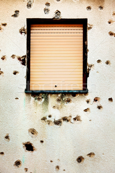 Lövedék ház homlokzat Stock fotó © mikdam
