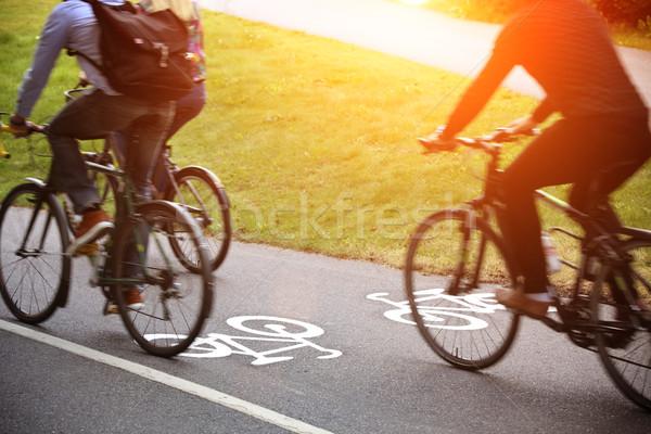 自転車 レーン 自然 通り 塗料 自転車 ストックフォト © mikdam