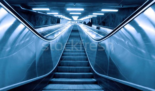 Hareketli yürüyen merdiven Stok fotoğraf © mikdam