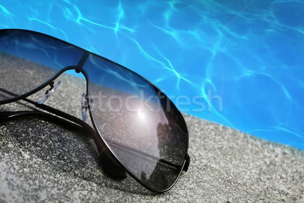 Солнцезащитные очки бассейна очки плаванию Бассейн погода Сток-фото © mikdam