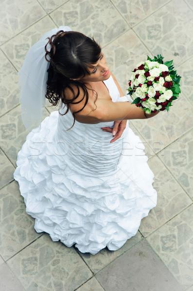 美しい 花嫁 白いドレス 見 結婚式のブーケ 花 ストックフォト © mikhail_ulyannik