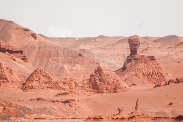 Piros sziklák kanyon sivatag dél Mongólia Stock fotó © MikhailMishchenko