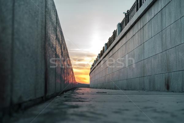 Сток-фото: пусто · тротуаре · Россия · закат · город · стены