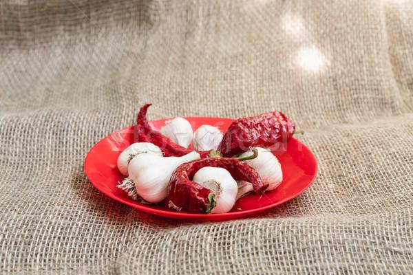 белый чеснока красный пластина продовольствие Сток-фото © MikhailMishchenko