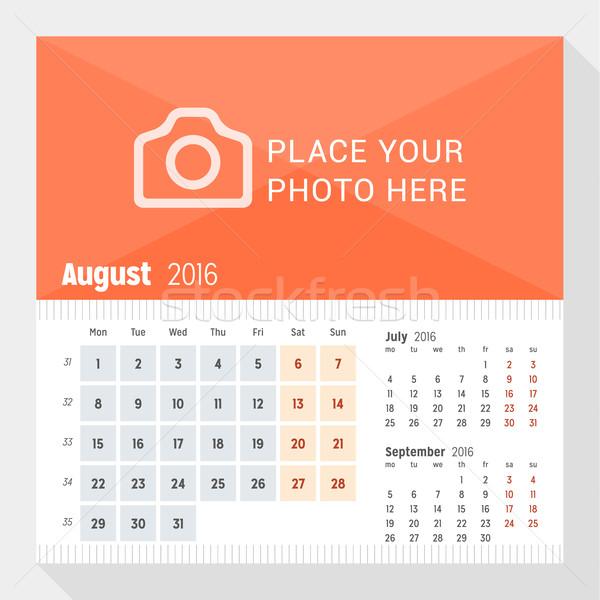 Augusztus 2016 asztal naptár év hét Stock fotó © mikhailmorosin