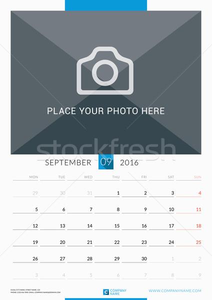 Stock fotó: 2016 · fal · havi · naptár · év · vektor