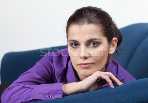 диване довольно молодые брюнетка женщину Сток-фото © MikLav