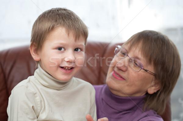 Сток-фото: внук · бабушка · мало · мальчика · бабушки · сидят