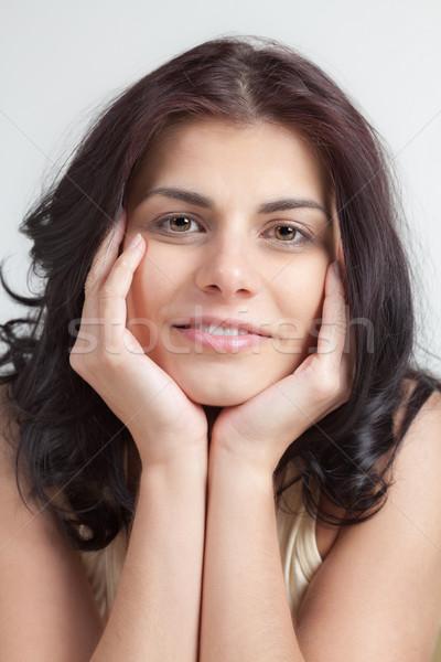 かなり 若い女性 肖像 頭 手 笑顔 ストックフォト © MikLav