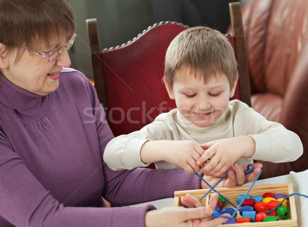 Nagyi unoka játszik otthon család gyermek Stock fotó © MikLav