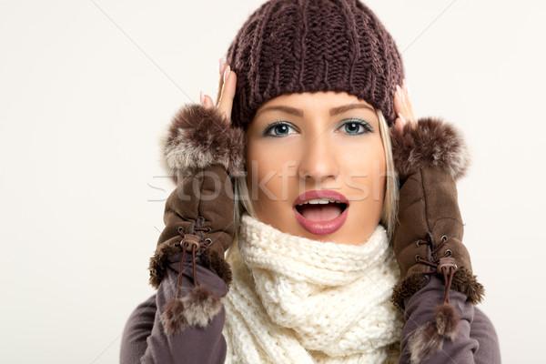 Сток-фото: удивленный · красоту · зима · одежды · красивой · молодые