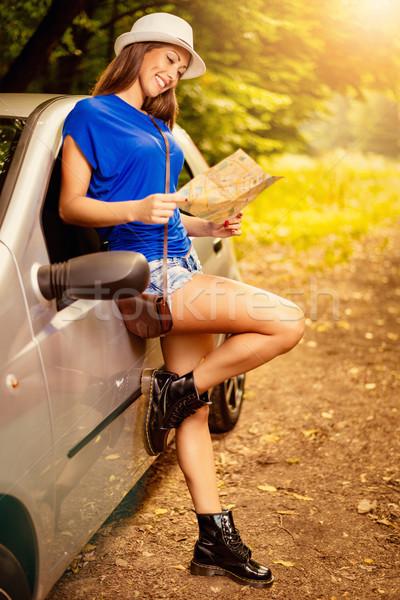 ストックフォト: 車 · 小さな · 美人 · 立って