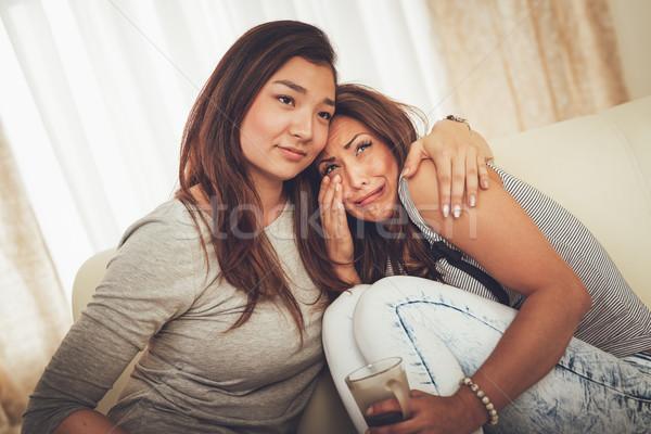 Barátok konzerv állandóan fiatal szomorú nő Stock fotó © MilanMarkovic78