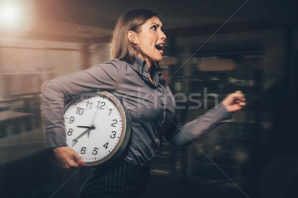 Bin spät Geschäftsfrau beeilen läuft Stock foto © MilanMarkovic78