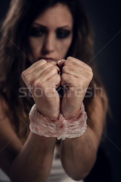 Vittima disperato donna corda buio Foto d'archivio © MilanMarkovic78
