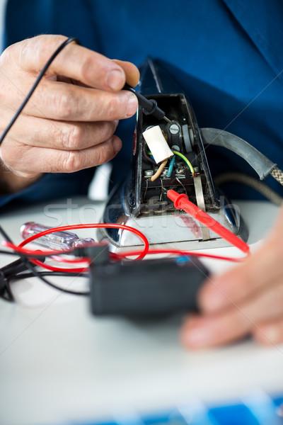 Pruebas voltaje electricista voltímetro edad hierro Foto stock © MilanMarkovic78