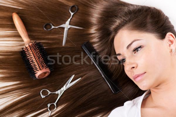 Lang bruin haar cute jonge vrouw mooie gezonde Stockfoto © MilanMarkovic78