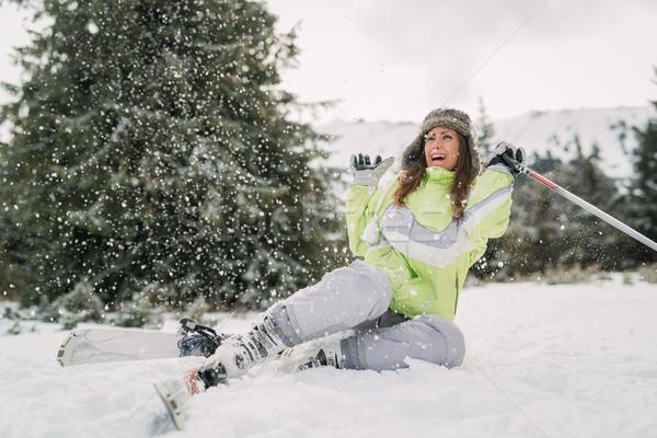 Sci incidente bella giovani femminile sciatore Foto d'archivio © MilanMarkovic78
