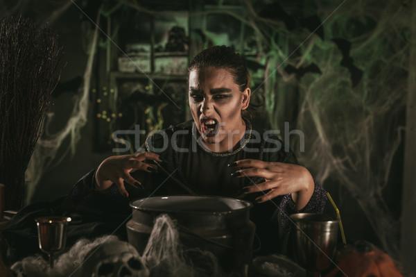 Bruja mal cara horripilante ahumado verde Foto stock © MilanMarkovic78