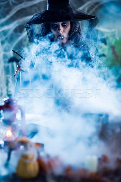 Brzydkie twarz magic przeciwmgielne witch hat Zdjęcia stock © MilanMarkovic78