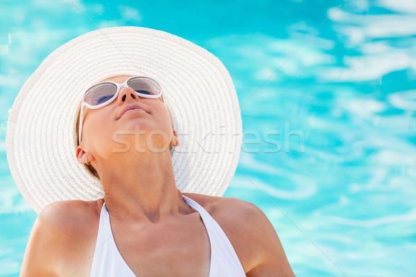 Сток-фото: бассейна · портрет · молодые · красивая · женщина · солнце