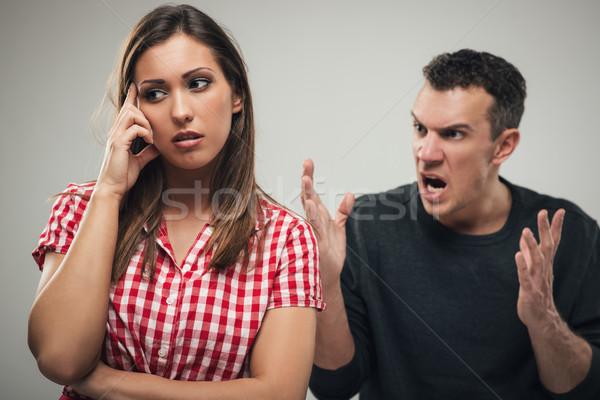 ストックフォト: 家庭内暴力 · 怒っ · 積極的な · 夫 · 妻
