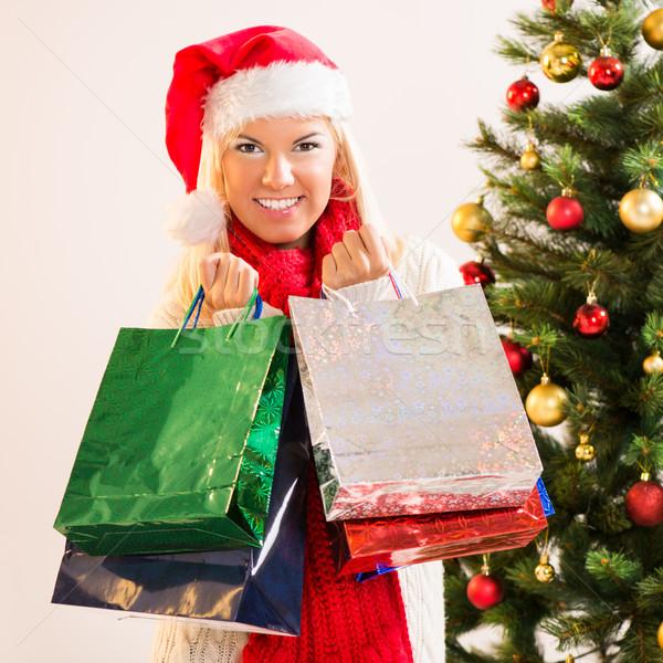 Noel kız güzel mutlu alışveriş kırmızı Stok fotoğraf © MilanMarkovic78