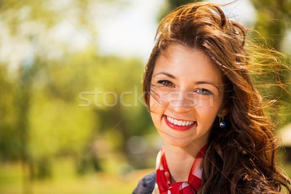 Portré fiatal nő mosolyog természet nyár szellő Stock fotó © MilanMarkovic78